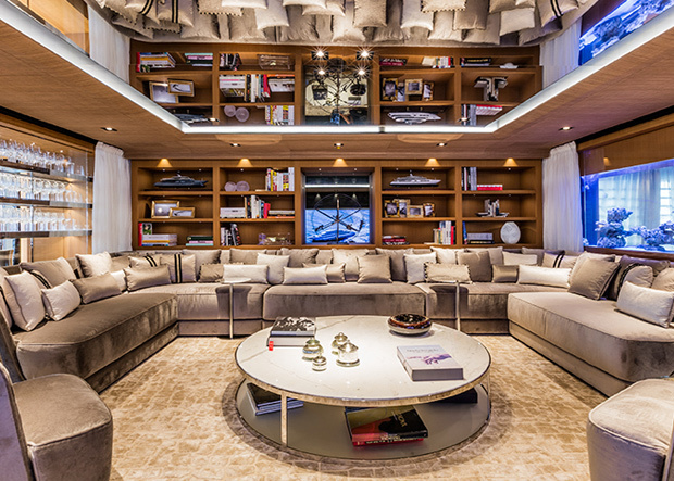Suerte Lounge