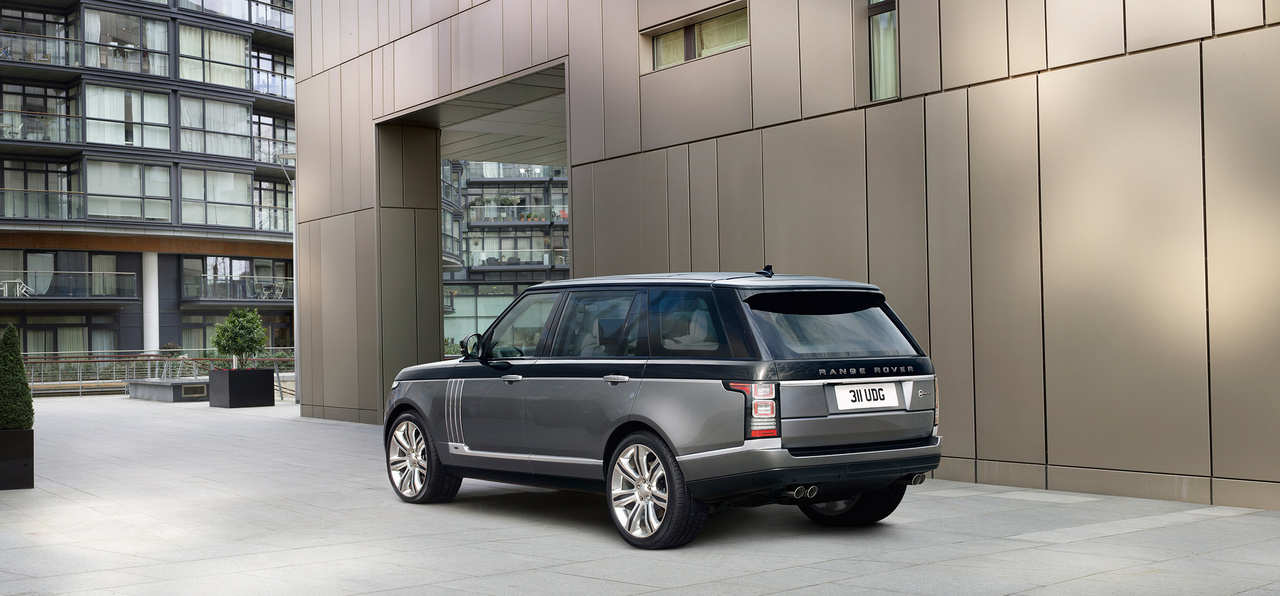 Land-Rover-Range-Rover-SV-Autobiography