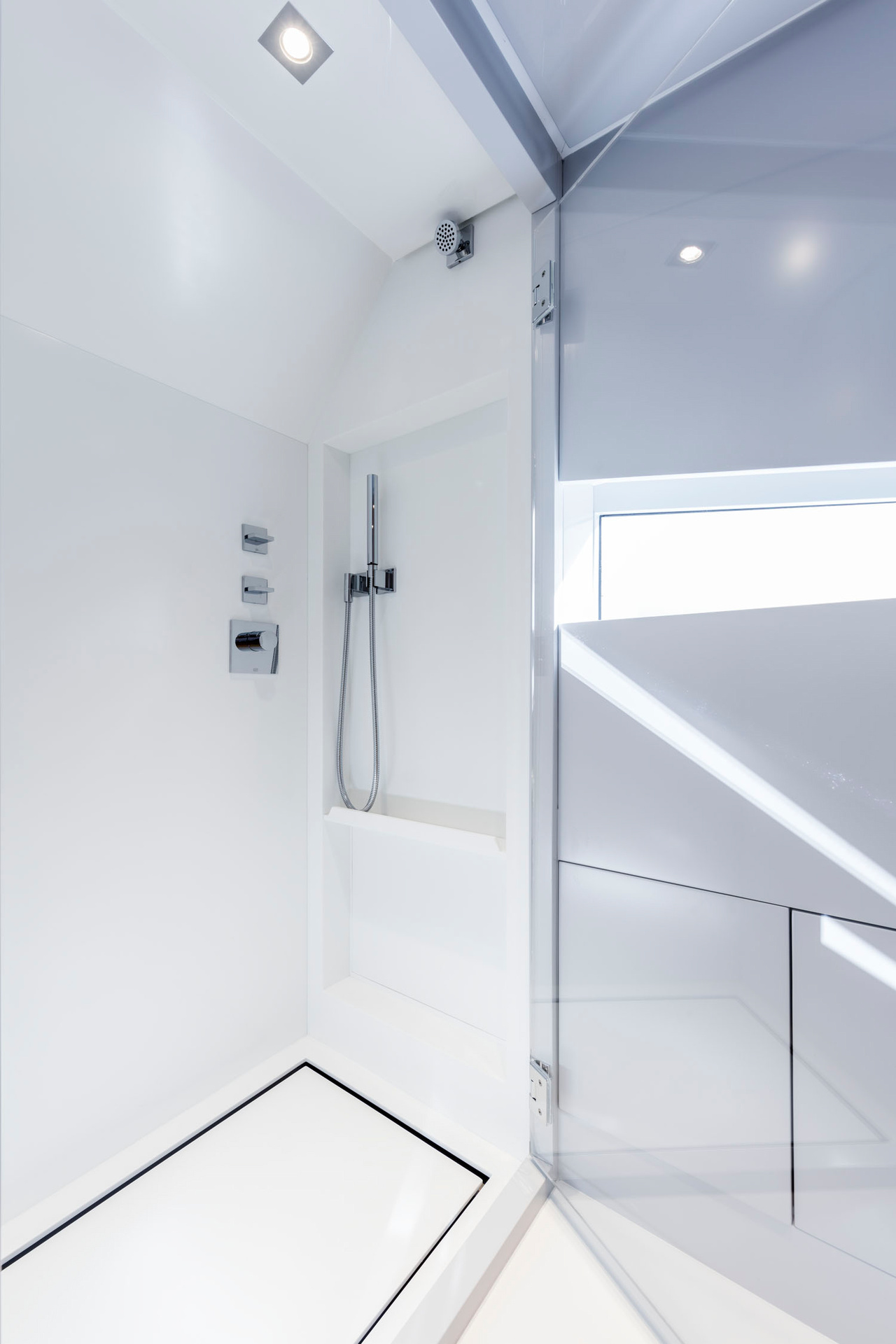 Kifaru-Baby, Dusche, Badezimmer