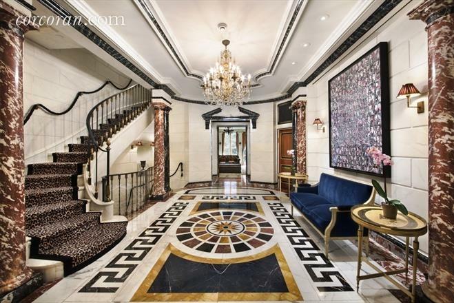 Eingangsbereich Penthouse Gianni Versace