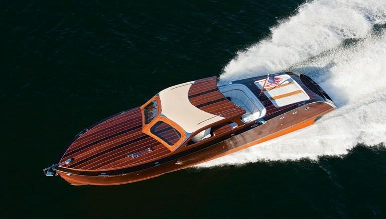 Speedboat StanCraft aus Vogelperspektive