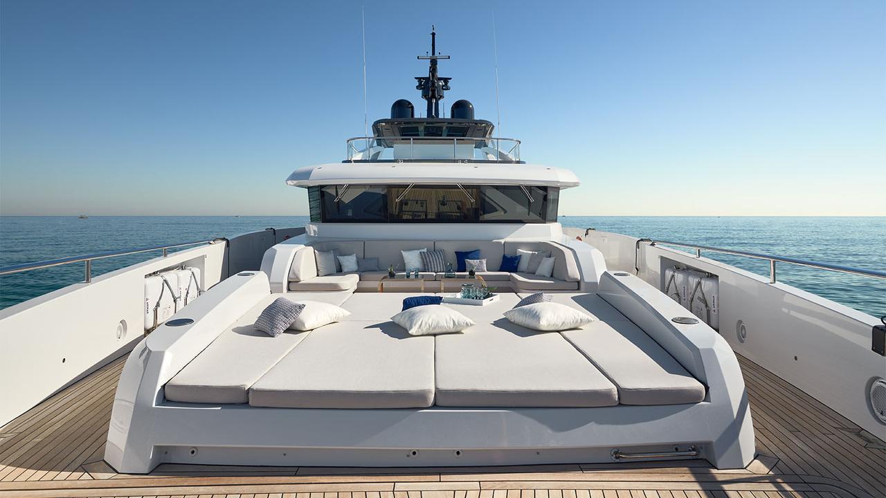 Terraza Balear Yacht
