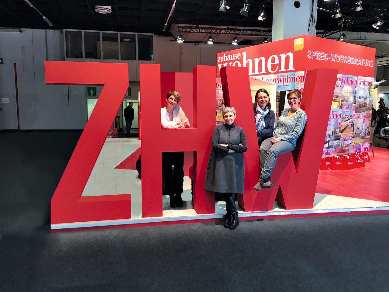 Chefredakteurin Bettina Wündrich und das Wohnberatungs-team erwarten Sie zur Talkrunde mit Experten.