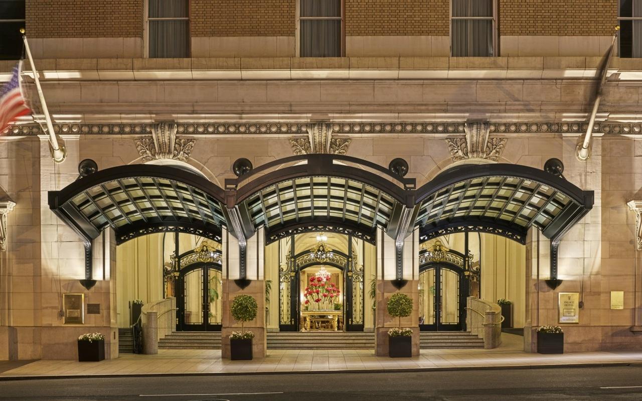 Eingang des Palace Hotel in San Francisco