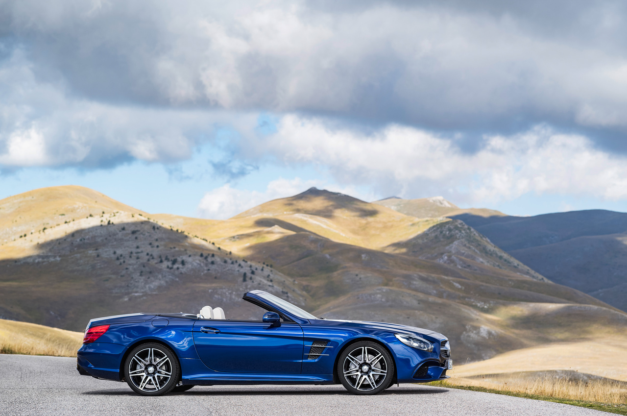2017 Mercedes-Benz SL Roadster Seitenansicht