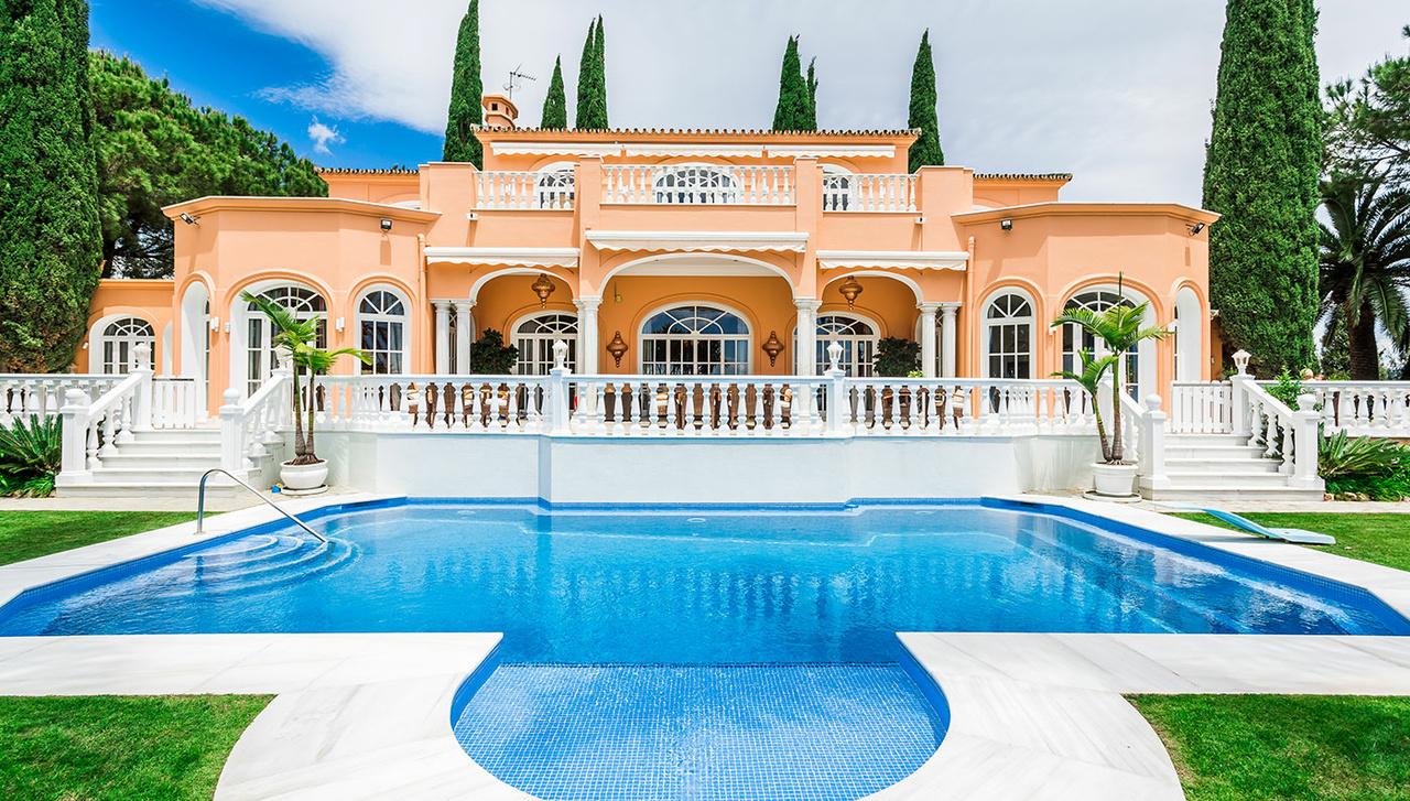Prince Villa, Spanien