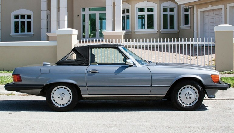 Mercedes Benz 560SL
