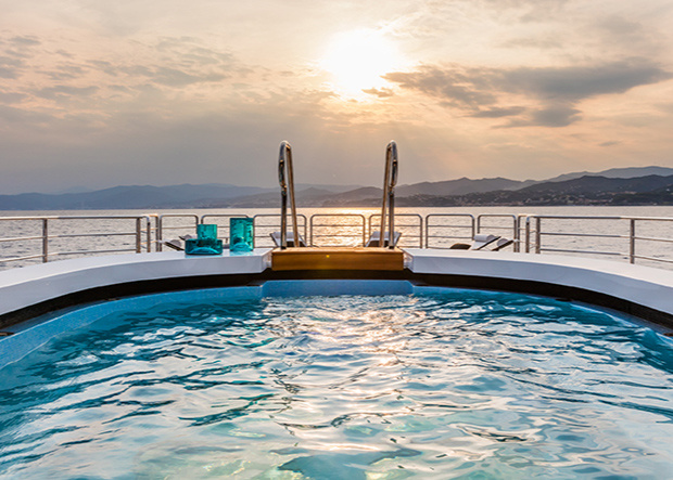 Suerte Pool Outdoor
