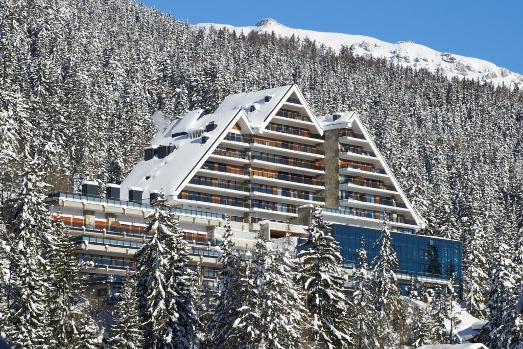 Crans-Ambassador-Hotel, Schweiz, Außenansicht