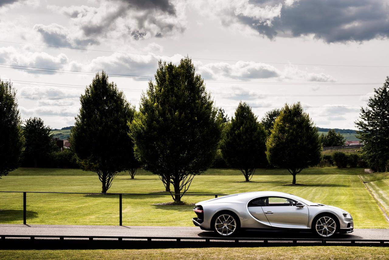 Seitenansicht des Bugatti Chiron