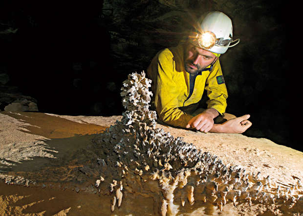 Francesco Sauro Höhle