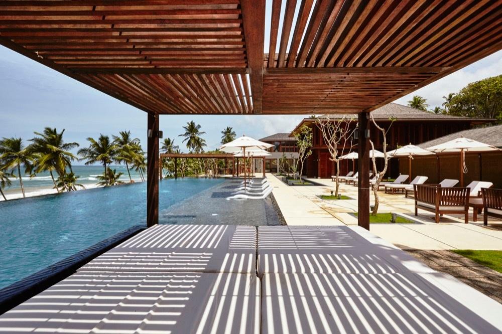 Pool Lounge in den Ani Villas
